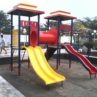 playground-outdoor