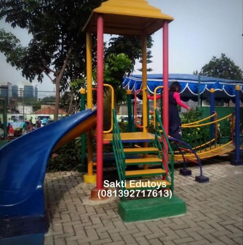 jual playground outdoor murah hubungi 081392717613