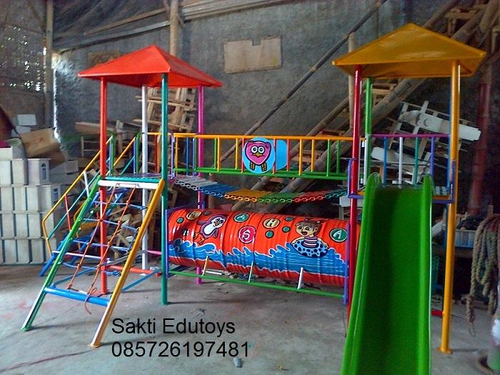 Playground 05